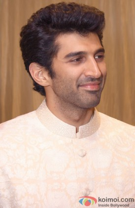Aditya Roy Kapur Snapped In A Candid Manner
